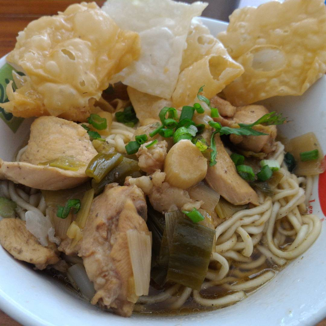 mie ayam solo petruk by ig hendro_ps