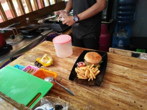 surprise me hotdog malang (5)